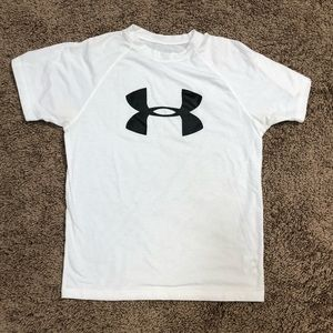 Women's Under Armour t-shirt